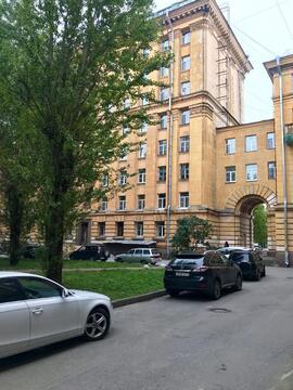 Двухкомнатная квартира в сталинском доме - Фото 1