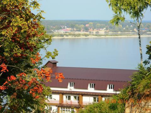 База отдыха, берег Волги, 1 линия, 6 Га, живописное место, евростандар - Фото 1