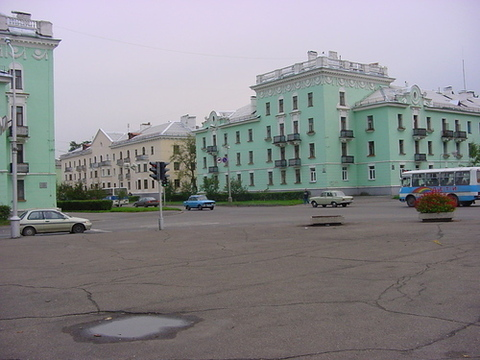 Продам 4-х комн, Сталинка. Железногорск - Фото 3