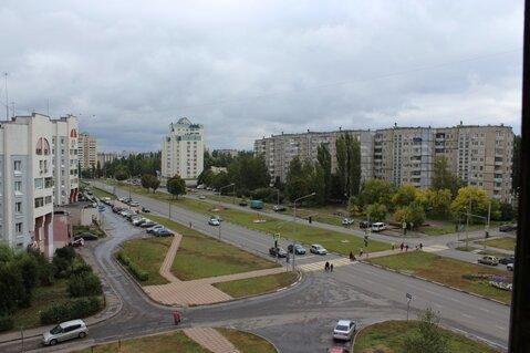 Четырехкомнатная квартира: г.Липецк, Стаханова улица, д.8 - Фото 1
