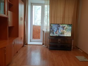 Аренда квартиры посуточно, Екатеринбург, Ул. Стрелочников - Фото 1
