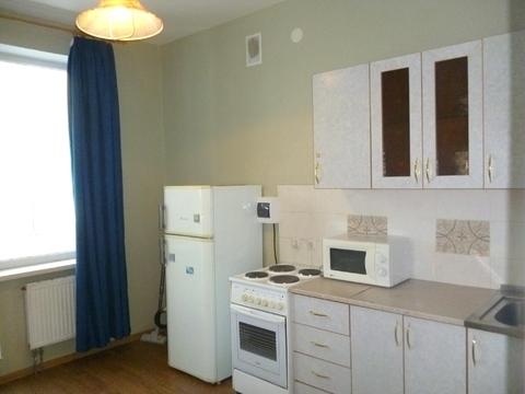 Сдам 1-комнатную квартиру ул. Николая Островского 64а - Фото 1