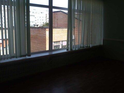 Офисное помещение 77(можно делить)кв.м на втором этаже офисного здания - Фото 3