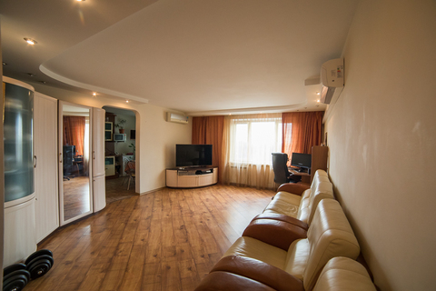 Продается светлая, видовая, 3-х комнатная квартира 80,5 кв. м - Фото 2