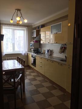 Отличная трёхкомнатная квартира с мебелью, быт.техникой на пр.Королёва - Фото 3
