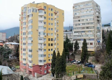2-х комнатная квартира в Ялте с шикарным видом на море и горы - Фото 1