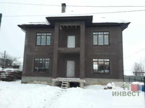 Продается 3-х этажный дом общ.пл. 300 кв.м на участке 6 соток - Фото 1