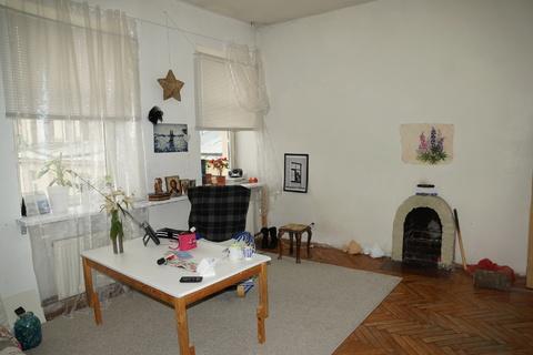 Сдам комнату 21 м.кв. с действующим камином в просторной 3-комн. кварт - Фото 1