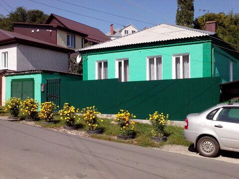 Жилой дом на земельном участке 4,4 соток, отдельно стоящий. - Фото 1