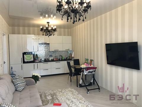 Квартира, ул. 8 Марта, д.190, Купить квартиру в Екатеринбурге по недорогой цене, ID объекта - 322671403 - Фото 1