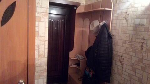 Продается 2 комнатная квартира в хорошем районе города - Фото 4