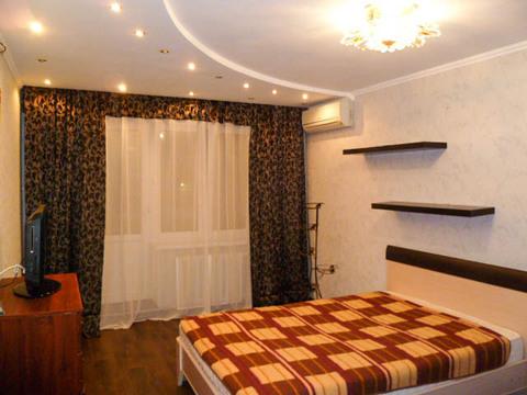 Сдается 1-комнатная квартира в новом доме ул. Калужская 20, с мебелью - Фото 1