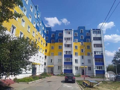 Продается 2-комнатная квартира, ул. Окружная - Фото 1