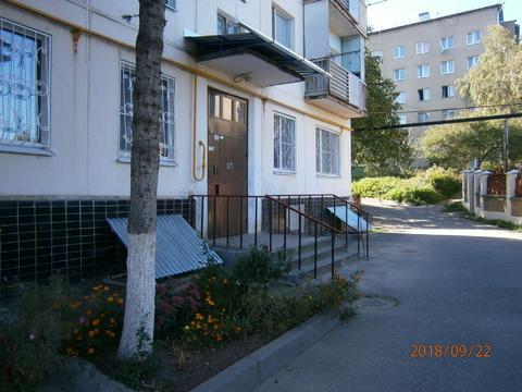 Трёхкомнатная квартира в Кисловодске с прекрасным видом на город - Фото 1