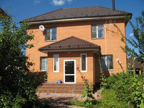 Продается двухэтажный кирпичный дом - Фото 1