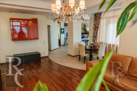 Видовая трехкомнатная квартира в центре Севастополя - Фото 3