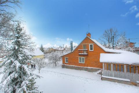 Продается дом 150 кв. м. на участке в 29 соток с дубовым лесом - Фото 1