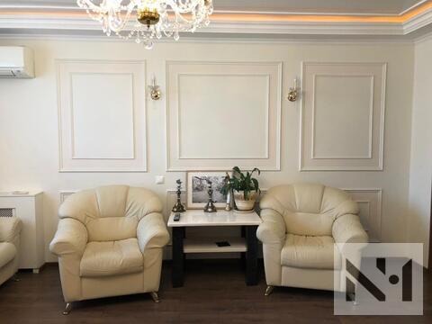 Продается большая трехкомнатная квартира с дизайнерским ремонтом - Фото 2