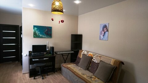 Продам 2-комнатную с ремонтом и участком - Фото 1