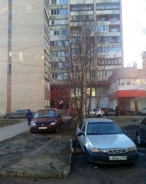 Объявление №53377705: Продаю 5 комн. квартиру. Санкт-Петербург, ул. Асафьева, 9, к 2,