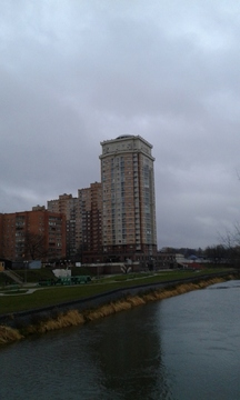 1 ком. кв-ра в центре г. Щелково ул. Заречная д. 8 на берегу реки - Фото 1
