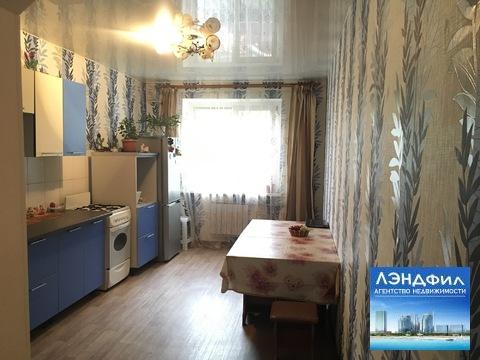 3 комнатная квартира, Заводская, 2/2, Купить квартиру в Саратове по недорогой цене, ID объекта - 319550393 - Фото 1