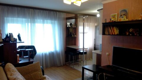 Уютная 56 м2 квартира в г. Руза. Кирпичный дом, хороший ремонт - Фото 2