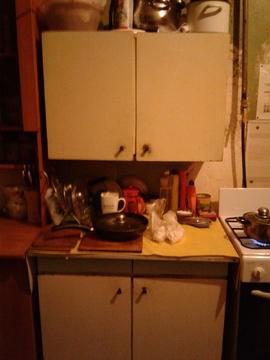 Комната в 8-ми комнатной квартире на 2этаже, 12линия 29 - Фото 5