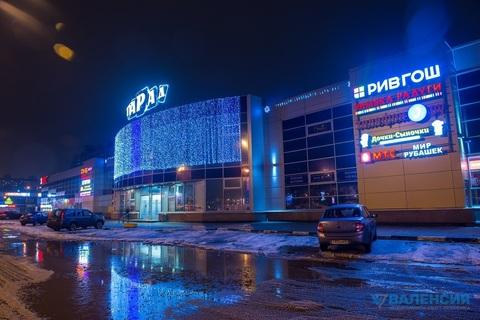 Аренда торгового помещения 57.4м2 на 1эт в тк Парад, ул. Прибрежная 18 - Фото 1