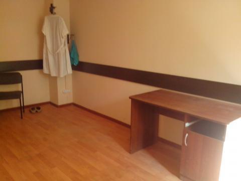 Три офисных помещения с отделкой на втором этаже офисного центра. - Фото 3