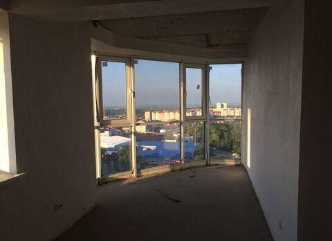 Шикарная 3х-комнатная квартира 95 кв.м. с панорамным остеклением - Фото 1
