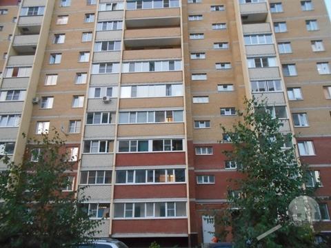 Продается 1-комнатная квартира, ул. Ладожская - Фото 1
