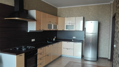 Сдам на длительный срок 2-х комнатную квартиру общей площадью 73м.2 - Фото 2
