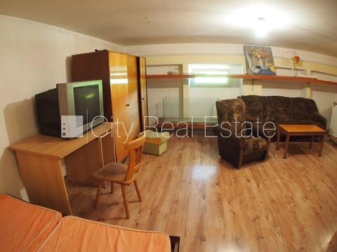 Продажа квартиры, Улица Сеску - Фото 1