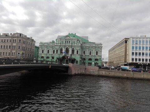 Квартира 100 м.кв на Фонтанке, рядом с Большим Драматическим Театром, Купить квартиру в Санкт-Петербурге по недорогой цене, ID объекта - 322020141 - Фото 1