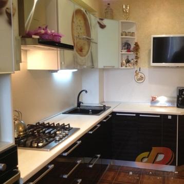 Двухкомнатная квартира с ремонтом, индивидуальное отопление, с/з район - Фото 1