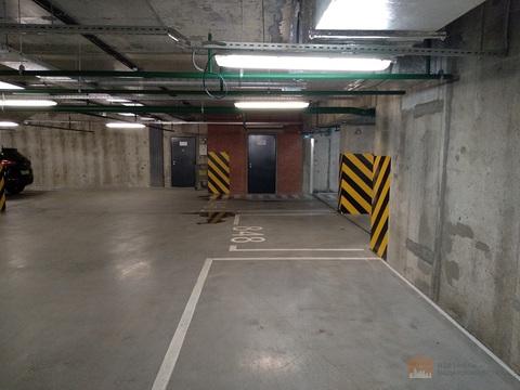 Машиноместо в ЖК Ultra City, подземный паркинг, место возле лифта - Фото 3