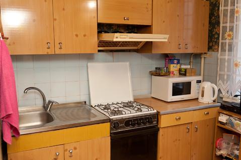 Продается двухкомнатная квартира на третьем зтаже девятиэтажного дома - Фото 1