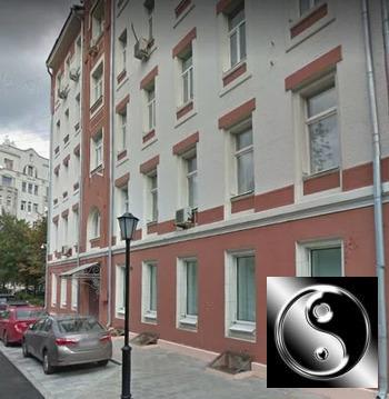 Объявление №66511068: Сдаю комнату в 3 комнатной квартире. Москва, ул. Молчановка Б., 24 к1 с2,