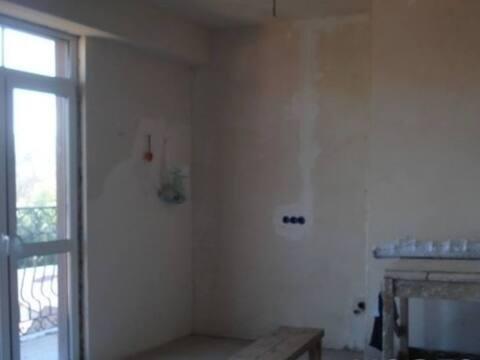 Продажа однокомнатной квартиры на Санаторной улице, 40 в Сочи, Купить квартиру в Сочи по недорогой цене, ID объекта - 320268984 - Фото 1
