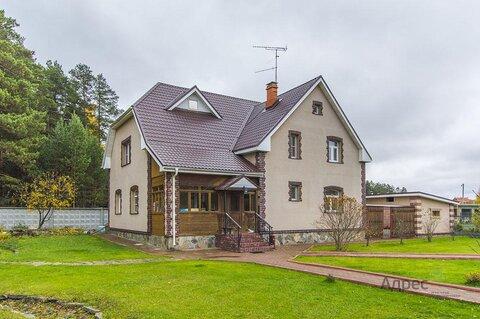 Коттедж поселке Балтым на участке 20 соток с прекрасным ландшафтом - Фото 1