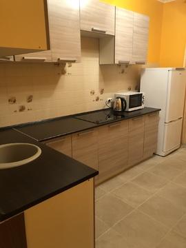 Сдам 1 комнатную квартиру в Чехове ул Вишневая, новый дом на Станции.Со - Фото 1