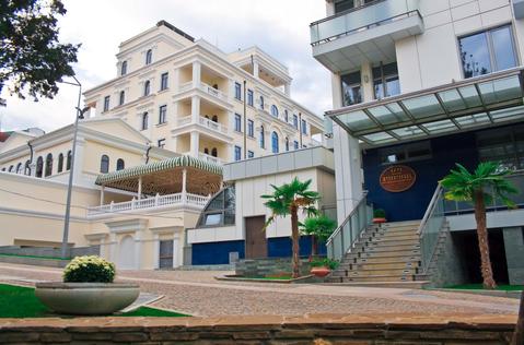 Элитные апартаменты в доме Дача Доктора Штейнгольца, Алушта - Фото 1
