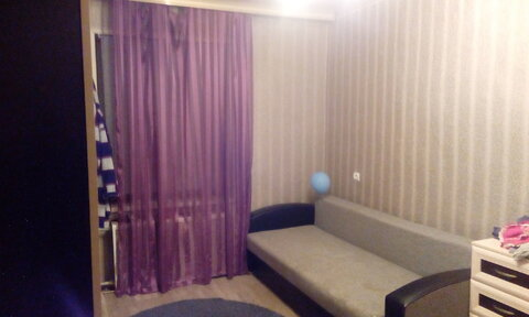 Продаётся двухкомнатная квартира в г. Гатчина, ул. К. Маркса 33 - Фото 1