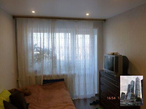 Продаётся однокомнатная квартира со свежим ремонтом. п.Монино. - Фото 1