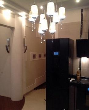 Продается 2-х комнатная квартира на 8 этаже 10 этажного монолитно-кирп - Фото 2