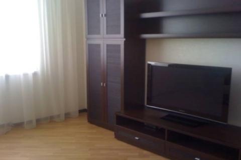 Сдам квартиру Вышний Волочёк, улица 9 Января, 67 - Фото 2