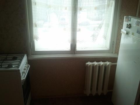 Сдаю 2 комнатную частично с мебелью на Лукашевича 27