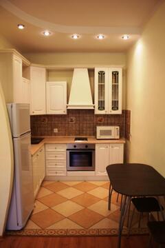 Двух комнатная квартира в Ленинском районе г. Кемерово - Фото 1
