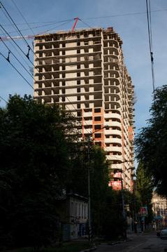 Купить квартиру в центре города рядом с детским парком - Фото 2